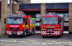 Hexham Pumps (firepicx) Tags: northumberland fire rescue service nfrs emergency 999 brigade hexham station lineup pumps engine appliance blue lights sirens water n07p1 n07p2 dds rds retained day staffed