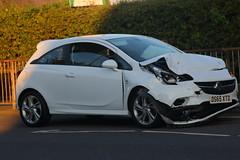 IMG_9605 (Yorkshire Pics) Tags: incident accident caraccident carcrash swillington leeds 3008 30082016