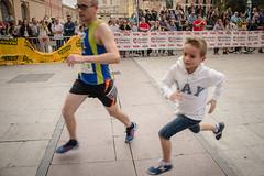 2016-09-25 12.45.05 (Atrapa tu foto) Tags: espaa europa europe maratondezaragoza saragossa spain xmaratnciudaddezaragoza zaragoza ateltismo atletics carrera corredores deporte marathon maraton maratn runners running sport aragon es