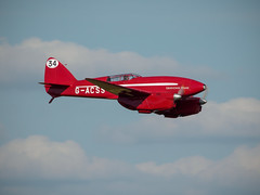 DH88 Comet - OldWarden (davepickettphotographer) Tags: park house june race vintage beds aircraft aviation air bedfordshire collection airshow dh trust comet shuttleworth airmuseum racer laa dehavilland grosvenor biggleswade em1 shuttleworthcollection oldwarden esystem olympuscamera dh88