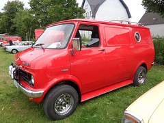 Bedford Blitz Van (911gt2rs) Tags: treffen meeting youngtimer tuning vauxhall rot red custom