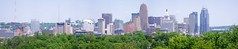Cincinnati Skyline from Ludlow, Kentucky (Travis Estell) Tags: carewtower cbd centralbusinessdistrict cincinnati cincinnatiskyline cincinnatiskylinepanorama downtown downtowncincinnati greatamericantower ohio panorama queencitysquare skyline skylinepanorama