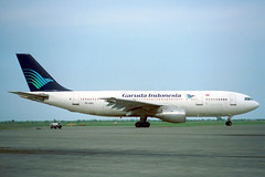 PK-GAG Airbus A.300B4-220 Garuda Indonesia Airways (pslg05896) Tags: sub airbus surabaya a300 juanda warr garudaindonesiaairways pkgag