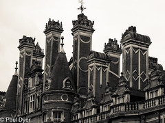 Royal Holloway, Englefield Green, UK (pauldyer19561) Tags: royalholloway university