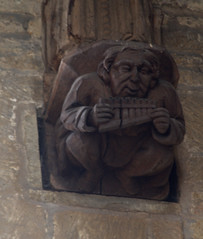 Whissendine, Rutland, St. Andrew's, nave, wooden corbel (groenling) Tags: whissendine rutland england britain greatbritain gb uk standrews nave corbel wood carving woodcarving grotesque mmiia panflute man