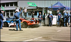 Boxenstopp 7 (Mickas Photografie) Tags: sony alpha 6000 ilce mickas photos mickasphotos ford performance gt lemans ecoboost chip ganassi racing team werke ag kln cologne niehl boxenstopp pitstop 66 gte pro stefan mcke
