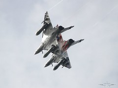 IMG_4204 (fab spotter) Tags: f18 f15 avions airshow armee alphajet a400m arrows air bo105 bronco exterieur f16 f5 gripen hlicoptres hornet riat mirage2000n jet kingair luftwaffe mig29 osprey otan rafale redarrows raf ramex spitfire tatoo typhoon tornado transall usaf v22 swissairforce baf hurricane polishairforce f22 f35