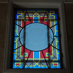 Glasscheibe im Opernhaus (swissgoldeneagle) Tags: opera  rx100m4 decorative window russia rx100 glasmalerei burjatien fenster glass  glasscheibe oper ulanude russland buryatiyarepublits ru