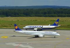 D-AEMB - Embraer EMB-195-200LR - EI-DWI - Boeing 737-8AS (Digi-Joerg) Tags: 14082016 internationalerverkehrsflughafen kölnbonnairport cgn lhregionalryanair emb195boeing737 ersterflug06200903102007 heimatflughafenmünchendublin dei germanyireland