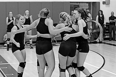 IMG_3748-01 (SJH Foto) Tags: girls volleyball action shot high school somerset pa pennsylvania scimmage black white blackandwhite bw monocolour huddle cheer