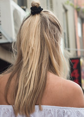 Sensual back (BlogKing) Tags: blonde anonymous shoulder streetphotohair