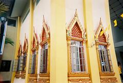 CNV000035-1 (Lee Sydney) Tags: festival temple day superia buddhist buddhism celebration filter 400 fujifilm kg koh lomolitos xtra 2015 wesak  hinayana therevada