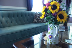 IMG_2828 (The Jacqueline House) Tags: flower bedandbreakfast staging eventspace thejacquelinehouse thejacquelinehouseofwilmington