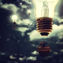 Mongolfiere ad Incandescenza (Davide Solurghi Photography) Tags: davidesolurghiphotography davidesolurghi ritratto portrait portraiture ritrattistica picture concept concettuale surreale surreal surrealismo conceptual lampadina bulb hot air balloons