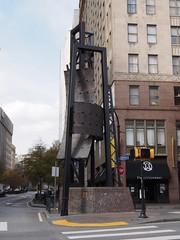Five Points (procrast8) Tags: atlanta sculpture ga georgia point restaurant george downtown five lounge beasley dania