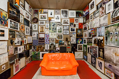 Orange Couch (ralphlenges) Tags: frankfurt luminale luminale2016