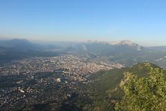 Grenoble (leblondin) Tags: panorana fortsainteynard sainteynard chartreuse montagnes ciel ville city matin morning aube levdesoleil sunrise alpes bleu vert vuedehaut