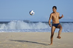 Footvolley at Leme beach (alobos Life) Tags: footvolley sport futbol ball sand arena boy guy garoto cute nice beautiful sunga speedo water beach playa funny enjoying rio de janeiro brasil brazil have fun outdoors candid brazilian blue azul brasileo futevolei 2016 leme