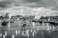 Run! (4orty7even) Tags: august england london martingriffett shpmg summer surreyandhampshirephotographymeetupgroup toweroflondon uk xt1201608209649 black blackandwhite clouds cloudy fast fountain fun girl mono monochrome outside running sky speed street water wet white
