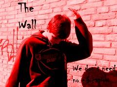 2015-4-VeniceGwallgraffitiBW2