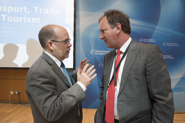 Louis Levesque and Lutz Bertling at the Ministers' Roundtable