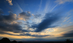 Cloudscape_2_9X7A0489 (timbertree9) Tags: clouds cloud sunset bluesky moody landscape whispy formation trails