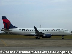 Embraer E-175 (E-170-200/LR) (Marco Zappatori's Agency) Tags: embraer e175 skywestairlines deltaconnection preun robertoantenore marcozappatorisagency n241sy