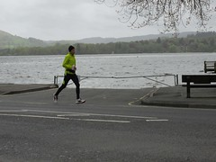 4th on road Andre (Annie-Sue Jyelra) Tags: yellow slow marathon running runners gusty ambleside windermere waterhead brathay 10in10 brathaytrust