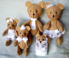 ursinhos_01 (Um a Um / Artes) Tags: original handmade beb feltro bonecos feitoamo