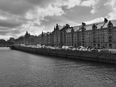 P1060131 (lychee_vanilla) Tags: port harbour hamburg hh hafen elbe hanse hansestadt maritim