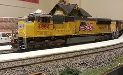 UP 4884 (Trains By Perry) Tags: hoscale ho danforth emd sd70m flaredradiator unionpacific up 4884 weathering
