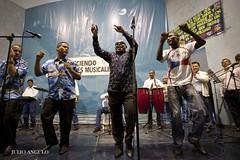 WILSON MANYOMA EN PENAL SARITA COLONIA PERU 04 (JULIO ANGULO) Tags: per sarita colonia callao salsa cantante wilson manyoma lima peru saoko internos gente