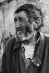 Aurel Atanacku (Sareni) Tags: sareni serbia srbija vojvodina banat juznibanat seleus aa aurelatanacku portrait portret man oldman profile profil face bw blackandwhite crnobela evening vece light svetlost hdr highdynamicrange summer leto august 2016 twop