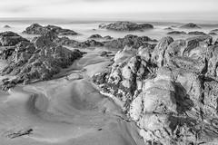 Quietude (Harold Wycoff) Tags: peaceful longexposure canon canon5dlll canon16mm35mmf4isusm cambria moonstonebeach morning blackandwhite californiacentralcoast quiet beach 10stopndfilter