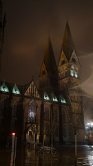DSC04178 (kremer.christiane) Tags: alemania germany bremen night noche light luz contrast contraste church iglesia rain lluvia city ciudad
