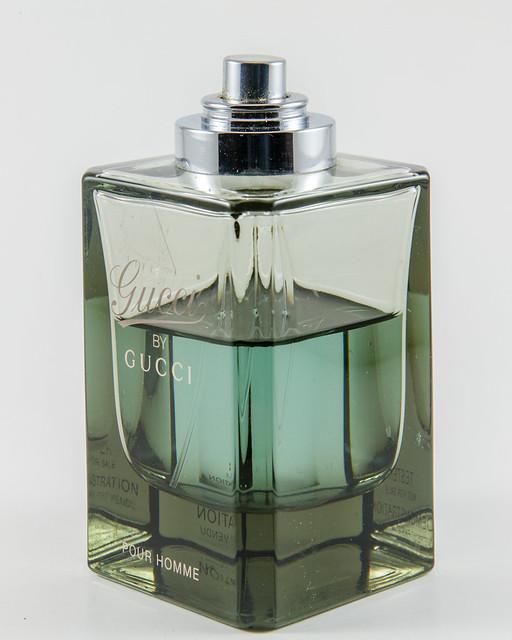 cologne gucci lightbox productbox