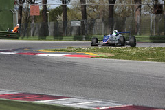 _IM16415 (Foto Massimo Lazzari) Tags: pista corsa circuito gara incidente imola pilota formularenault revisione acqueminerali reanault sbandata ruotescoperte