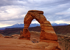 Delicate arches (Xiu Yu SD) Tags: rock red tourists people park national arches moab utah