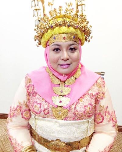 Malam Bebadak Hajjah Siti Diana Othman @divine318 Makeover By Me From @razaksindustudio #bruneimakeuplover #brunei #bruneimakeupreview #bandarseribegawan #makeup #makeover #makeuplover #makeupartist #makeupaddict #kotakinabalu #sabah #borneo @u.mm.i @marl