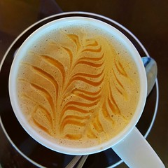 ETCH A SKETCH (Joan-Marie E) Tags: samsunggalaxys6edge latteetching cappuccino wow