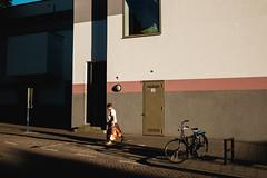 Rotterdam 2016, NL. (Caio Vita) Tags: streetphotography netherlands rotterdam fujifilm fujifilmx street bike
