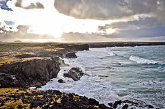 Iceland - Snæfellsnes (Adeline Kristjánsdóttir) Tags: ciel couleur lumire mer montagne paysage snaefellness vague lumière
