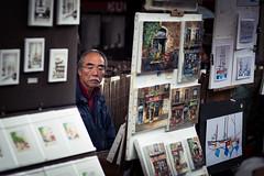 L'artiste dans l'ombre (Elie RIVIERE) Tags: artiste france montmartre nikond500 paris peintre peinture tableau
