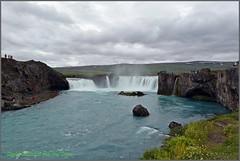 Goafoss, Wasserfall der Gtter, El Salt d'Aigua del Dus, La Catarata de los Dioses (Sigrid von der Twer) Tags: sland godafoss fosshl laugar sigridschmidtvondertwer sigridquintana font island iceland islndia