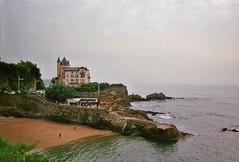 Villa Belza (Skylark92) Tags: sea biarritz france beach frankrijk strand kust villa belza plage du port vieux