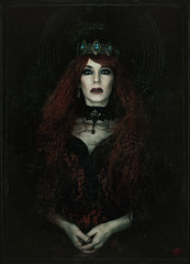 The Banished Queen (Spoken in Red) Tags: banishedqueen medievalqueen jeweledcrown wavyhair wildredhair foldedhands paleskin greeneyes choker neckcorset lace blacklace redsatin womanportrait queenportrait gothicqueen spokeninred
