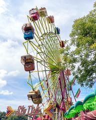 Ferris Wheel (HJharland5) Tags: amusementpark outdoor rides ferris wheel park lakecounty ohio painesville fair countyfair summer nikon j5