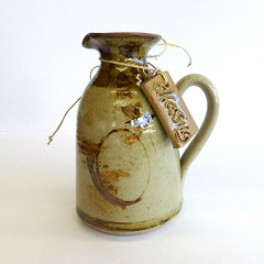 Robert Gordon, Pack Track Pottery (gillhamilton) Tags: robertgordon australianpottery robertgordonpottery robertgordonpacktrackpottery