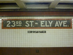 201504148 New York City subway station 'Court Square' (taigatrommelchen) Tags: nyc newyorkcity railroad urban usa ny newyork station sign subway railway tunnel icon queens transit mass 20150417