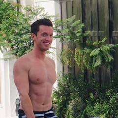 IMG_5568 (danimaniacs) Tags: shirtless man hot sexy hunk mansolo